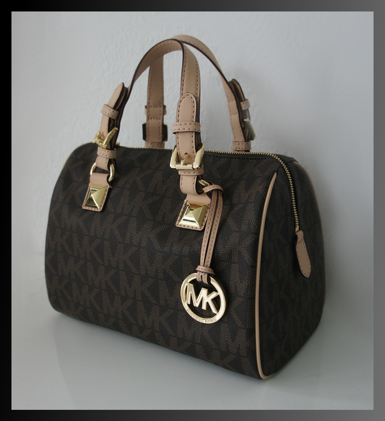 michael kors tasche signature handtasche zip top braun. Black Bedroom Furniture Sets. Home Design Ideas