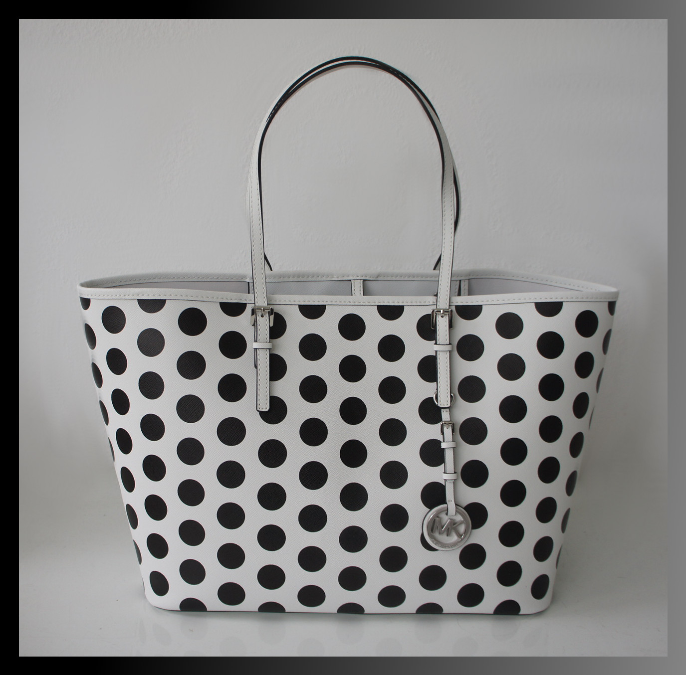 michael kors tasche handtasche gro saffiano leder weiss schwarz neu ebay. Black Bedroom Furniture Sets. Home Design Ideas